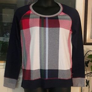(SOLD!) ✔❤TOMMY HILFIGER PLAID SWEATER